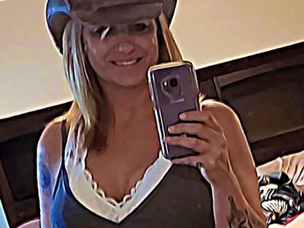 Melanie@NewPointMarketing.com